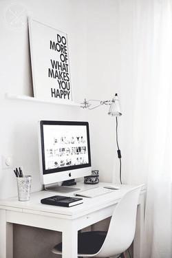 espace de travail bureau inspiration interieur monochrome noir et blanc