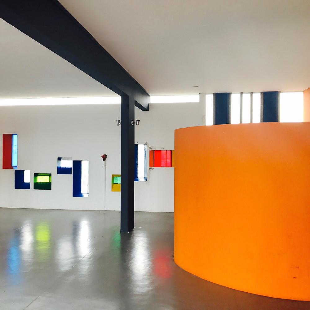 Ecole signée par Le Corbusier. Photo de Tiffany Fayolle architecte d'intérieur