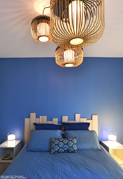 chambre_bleue_pitch_blue_farrow_and_ball
