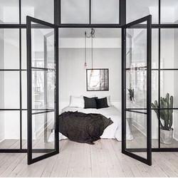 Verriere inspiration interieur monochrome noir et blanc  chambre