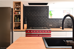 cuisine rénovée par tiffany fayolle de l'agence d'architecture d'intérieur TGF