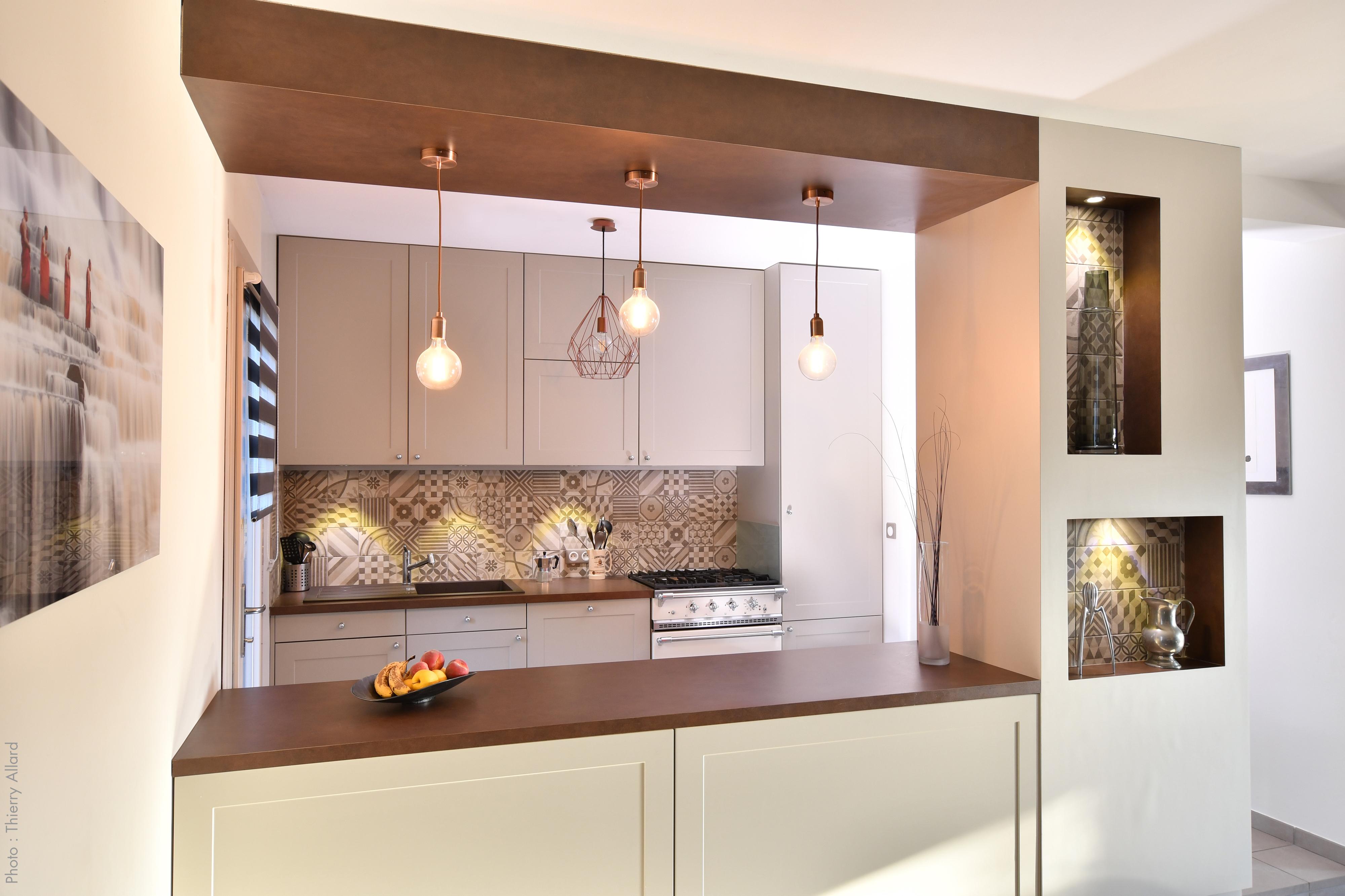 Aménagement_de_cuisine_et_décoration_intérieure_par_tiffany_fayolle_architecte_d'intérieur_à_Lyon_et