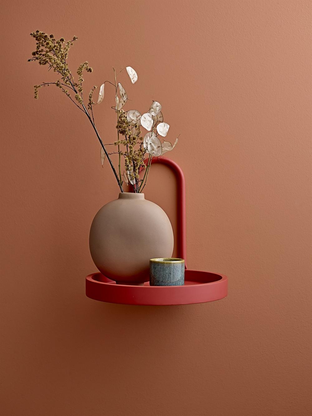 étagère minimaliste de couleurs pastel