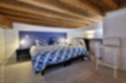chambre sur mezzanine de type loft pour