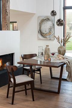 Table avec rallonges en bois pour 6 à 8