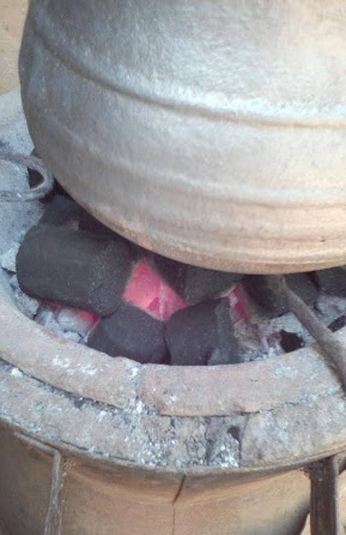 Test de cuisson réussi pour les briquettes. © Afhon