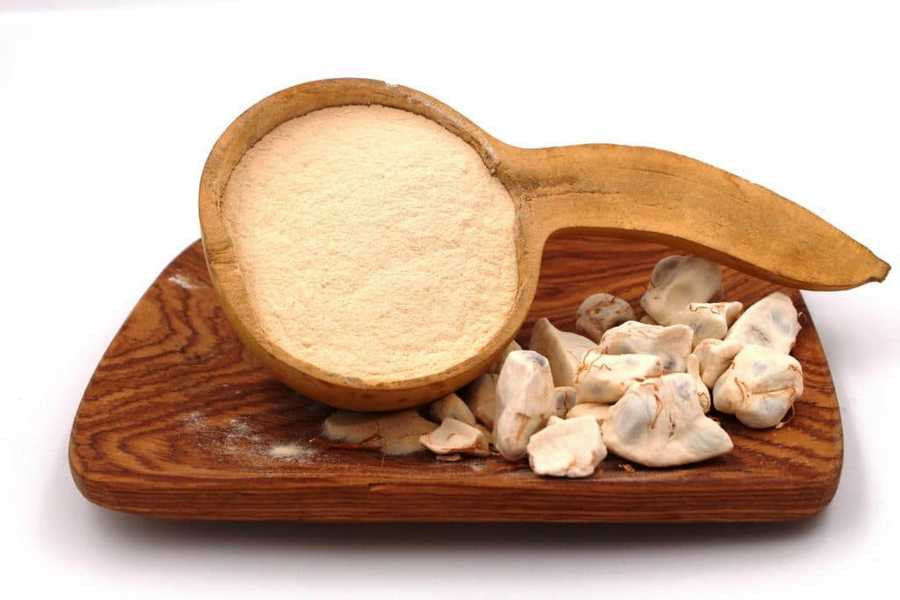 La poudre obtenue par broyage des fèves du fruit du Baobab – crédit photo etounature.com