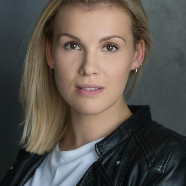 Laura Darton
