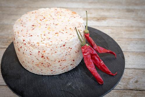 Pecorino semi stagionato al Peperoncino Calabrese  500 gr.
