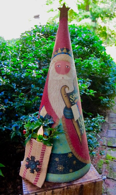 "3625 ""Snow King"" Cone Santa"