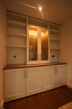 DISPLAY.CABINET1.1