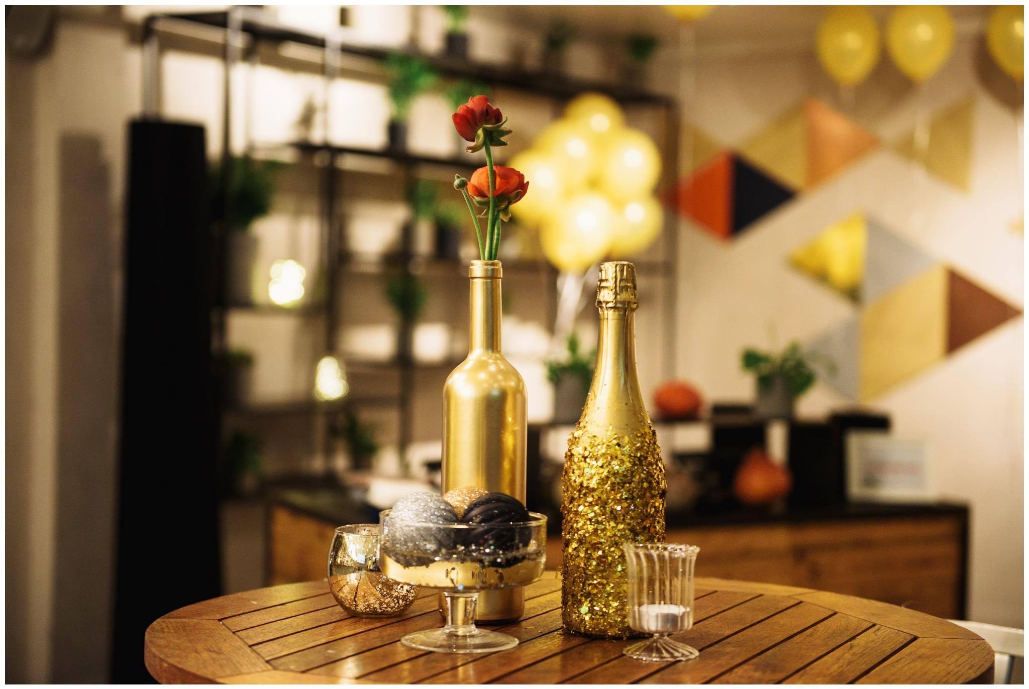 בקבוק יין ושמפניה בצביעה אישית