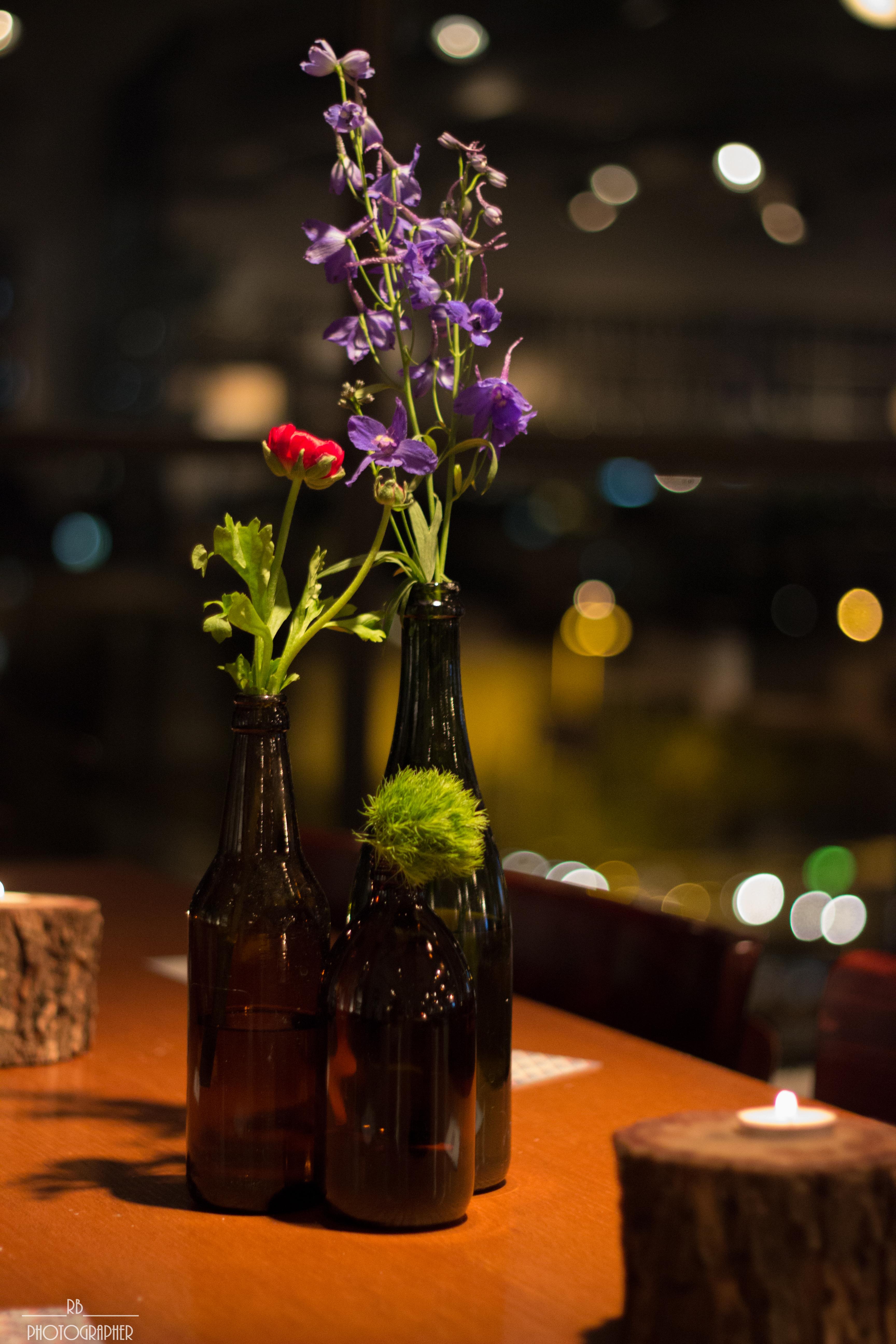 בקבוקי זכוכית כהים