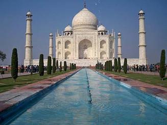 India, Taj 410px.jpg