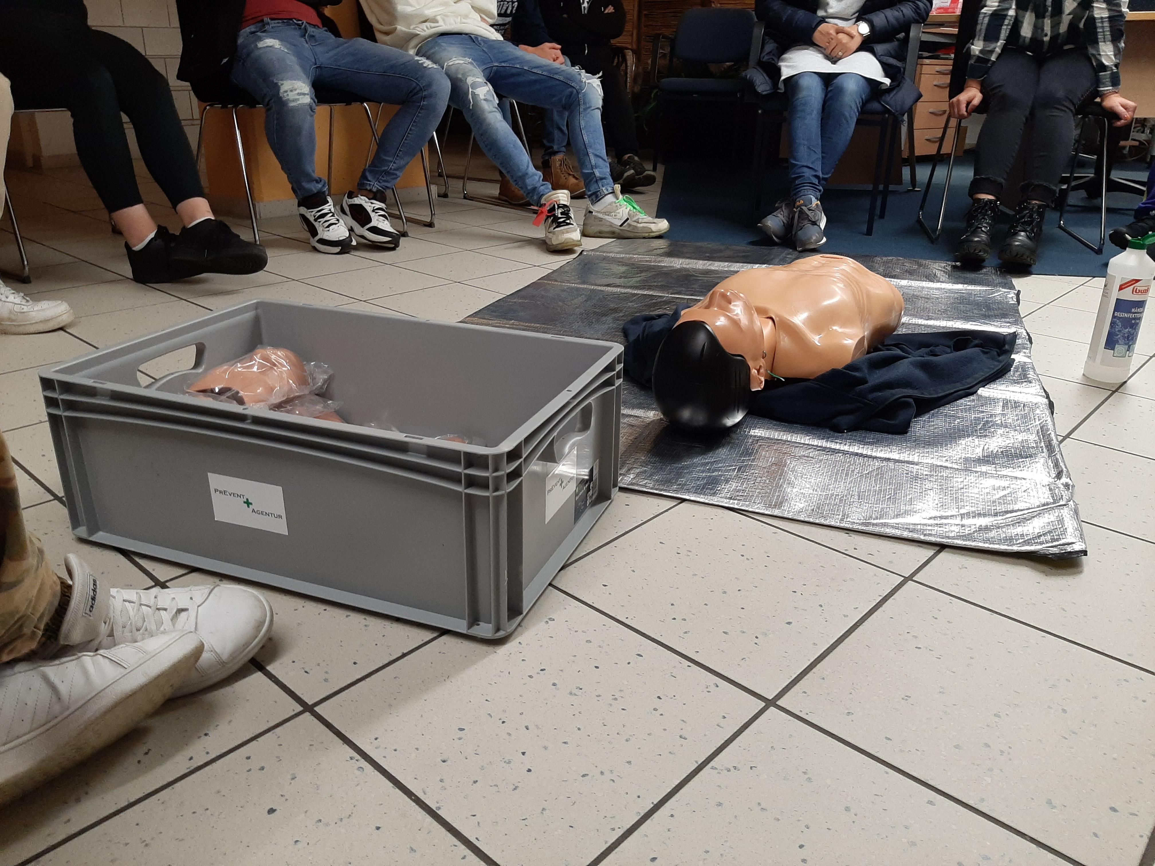 Erste Hilfe Kurs Hoffmanns FS Trostberg
