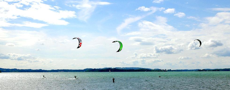 kite-surfing%202_edited.jpg