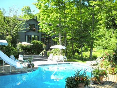 Saint-Sauveur vacation property