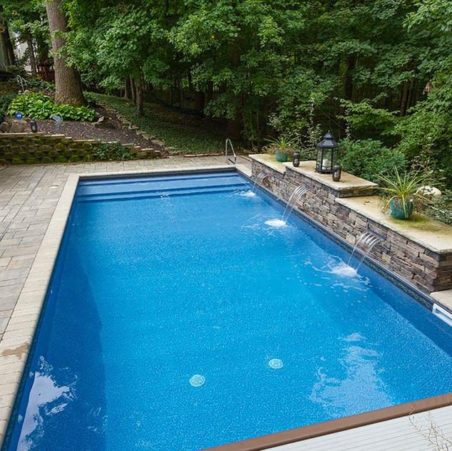 vinyl-pool-with-custom-vinyl-over-step-1