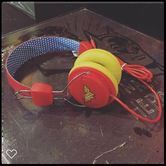 Headphone wonder Woman