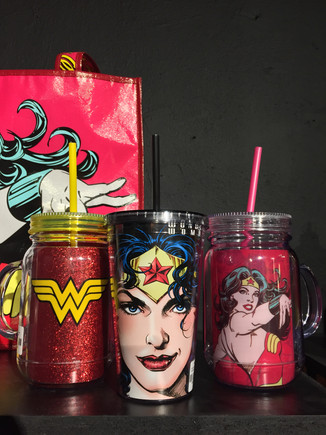 Copos canudo Wonder Woman