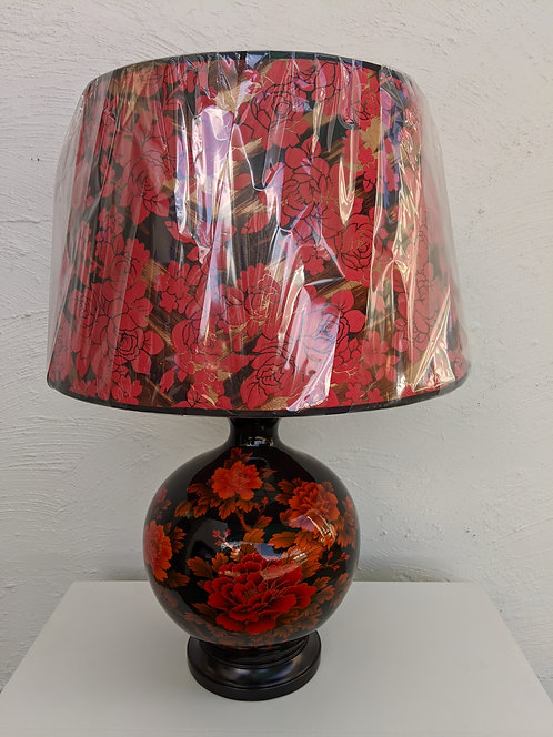 Red rose table lamp