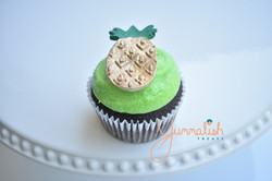Cupcake with Pineapple Topper