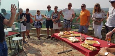 Vinprovning i Old Tower, Barbaresco.