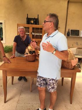 Vinprovning hos Borgo dei Posseri.