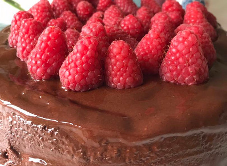 "What Does a Health Coach Eat …. On her Birthday? A Gluten Free ""Healthy"" Chocolate Cake Recipe"