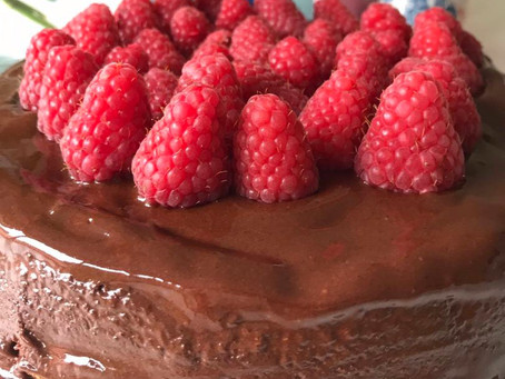 "What Does a Health Coach Eat …. On her Birthday? A Gluten Free ""Healthy"" Chocolate Cake #4566b26e"