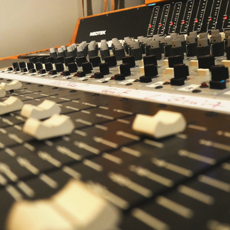 Console-12-Faders-ACTIONED.png