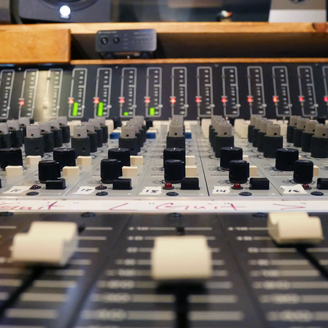 Console-14-Faders-CROP.png