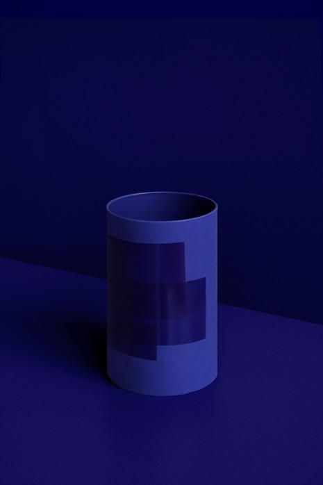 UNFOILED vases