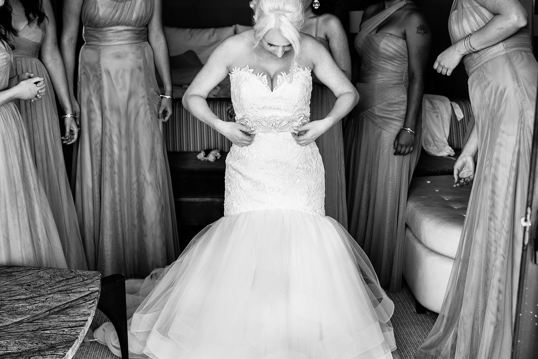 Bride getting ready   London Hotel