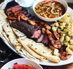 steak and shrimp fajitas with chipotle sauce