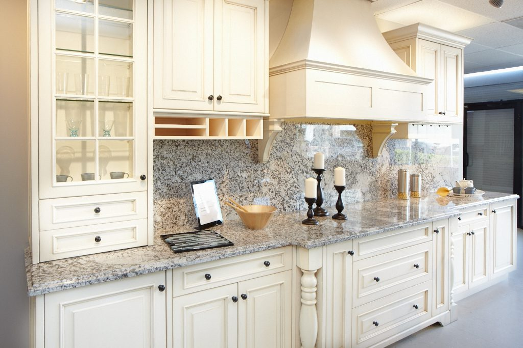St-Martin-Cabinetry-Wellington-Sample-Kitchen-2-1024x683