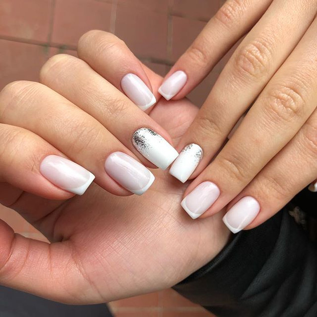 Favorite color of french manicure 🌸💯 P