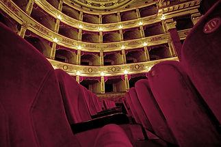 teatro viejo hermoso