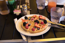 Wafle with Fresh Berries