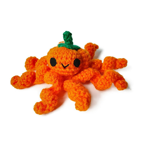 Pumpkipus preemie toy - Halloween edition