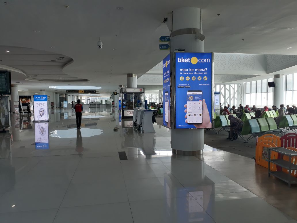 SAMS Sepinggan International Airport Balikpapan - Front of Boarding Lounge 5