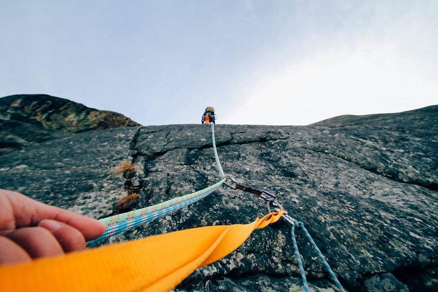 rock-climbing-1283693_1920 Pexels CC0.jp