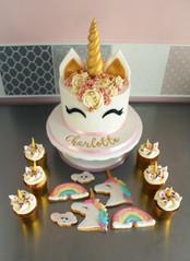 Sweet table thème licorne pour anniversaire