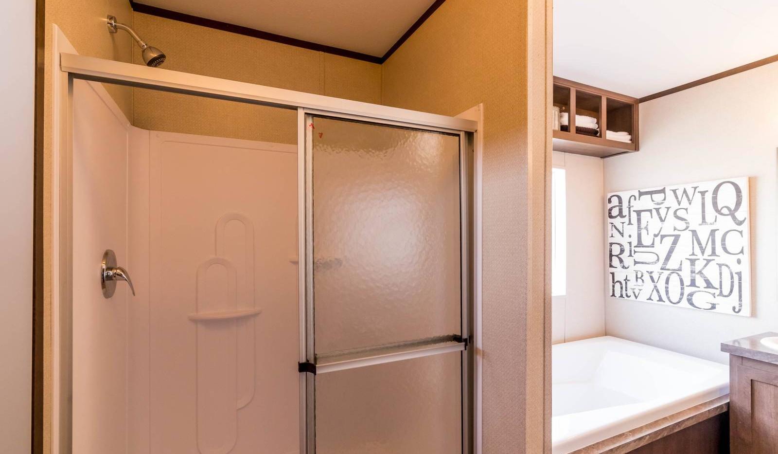15-1676H bathroom 2-1600x1072.jpg