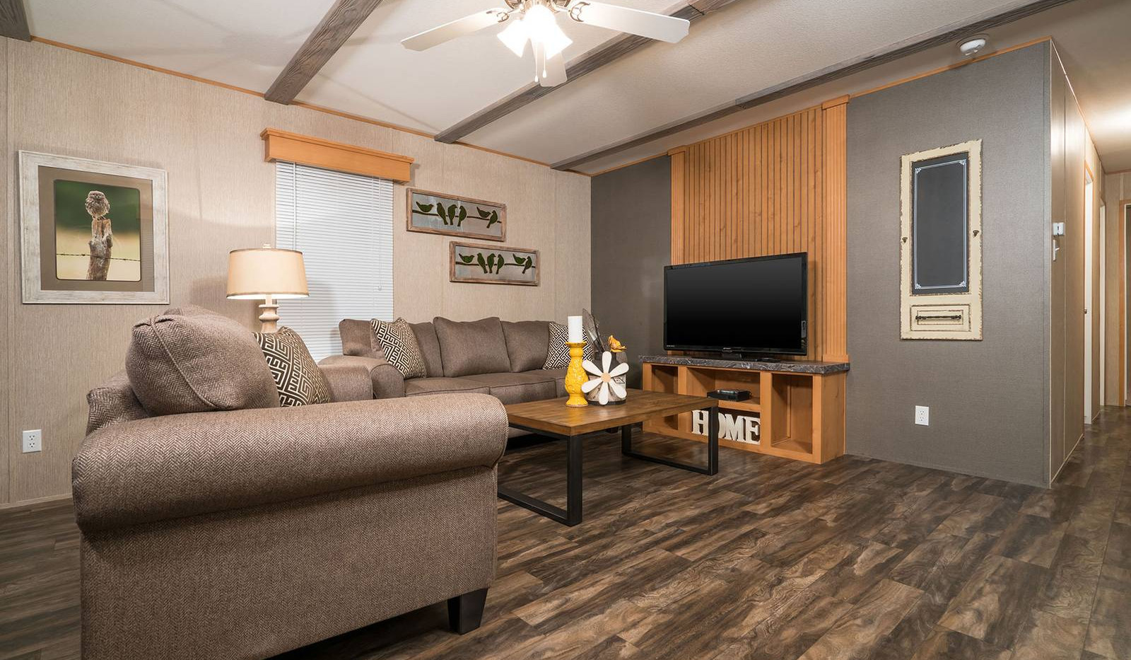 4-select-1676c-living-room-1-1600x1068.j