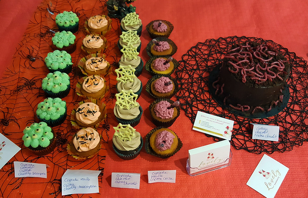 Cupcakes thème Halloween & gâteau décoré vers de terre