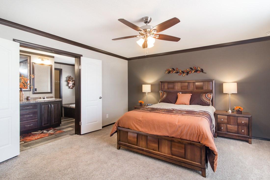 red-river-2-Master-Bedroom-20171002-1102