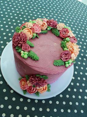 Gâteau personnalisé fleurs en crème au beurre