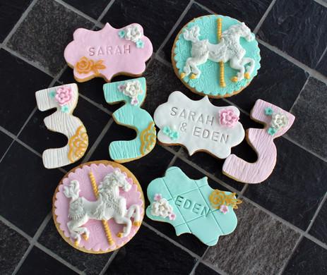 Biscuits décorés thème carrousel anniversaire enfant