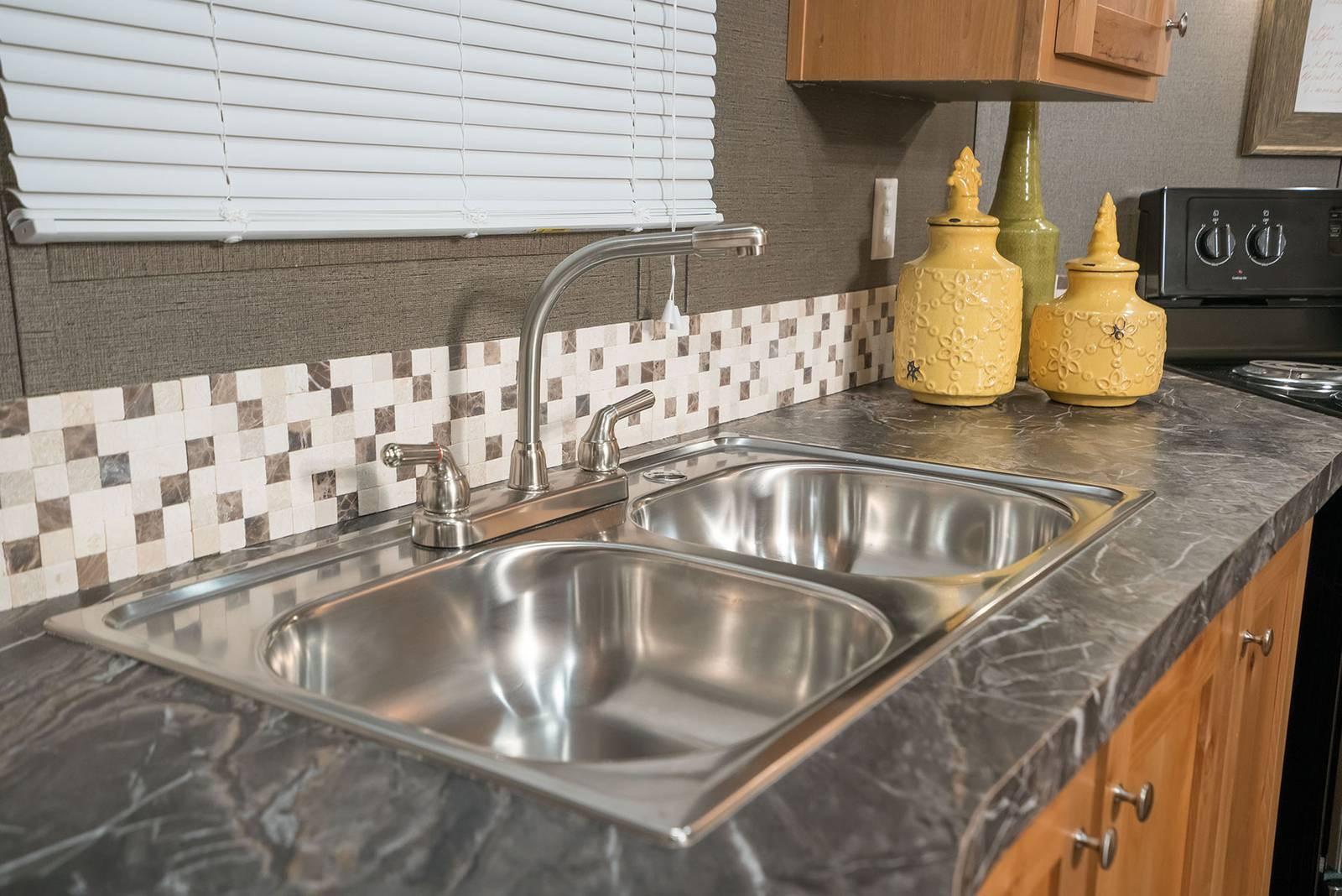 6-select-1676c-kitchen-sink-1600x1068.jp